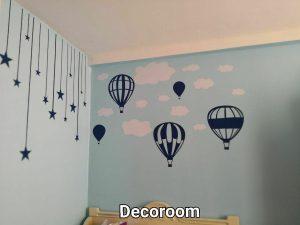 نمونه اجرا شده برچسب دیواری بالون در اتاق کودک